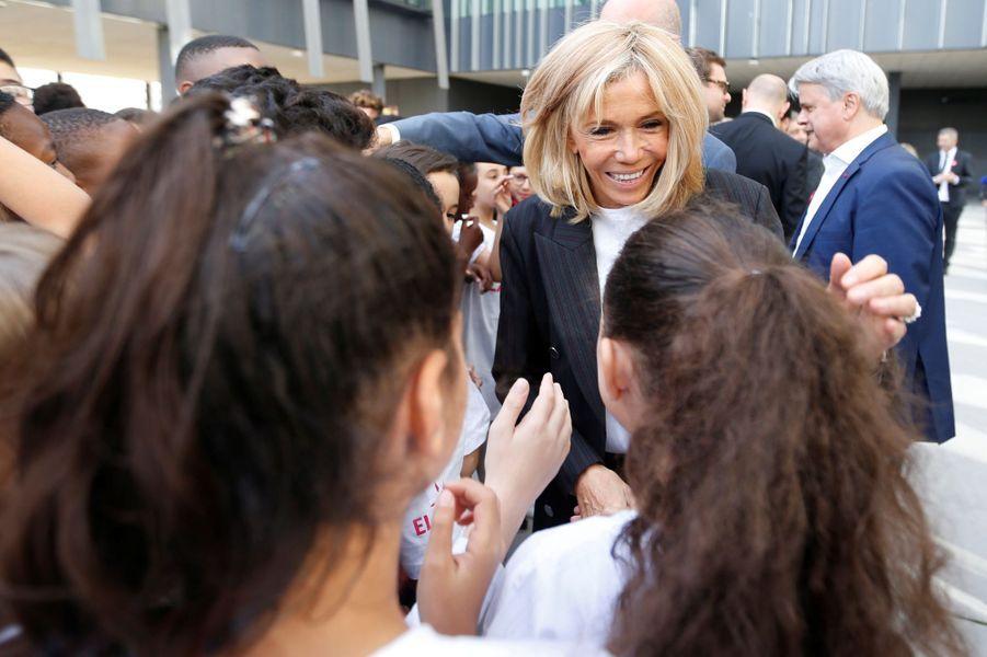 Brigitte Macron était lundi dans un établissement scolaire parisien pour lire la dictée ELA.