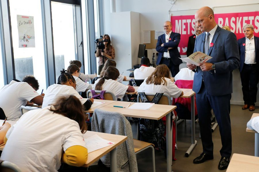 Le ministre de l'Education nationale, Jean-Michel Blanquer, a lu la dictée de l'association ELA à des élèves, lundi matin.