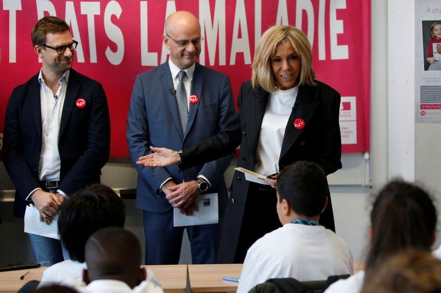 Nicolas Mathieu, Jean-Michel Blanquer et Brigitte Macron lors de la dictée ELA.