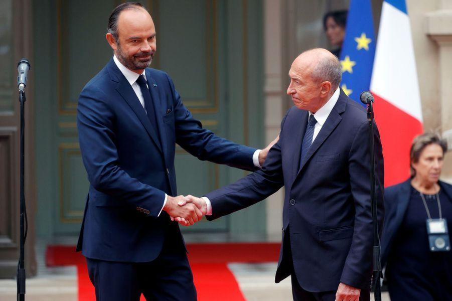 Passationde pouvoir entre Gérard Collomb et Édouard Philippe au ministère de l'Intérieur.