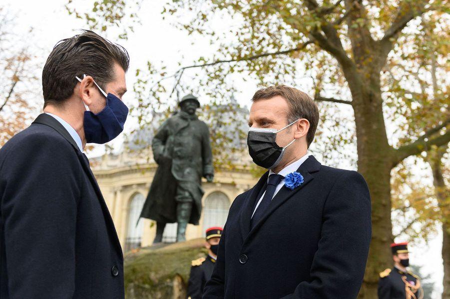Emmanuel Macron en compagnie de Tristan Clemenceau.