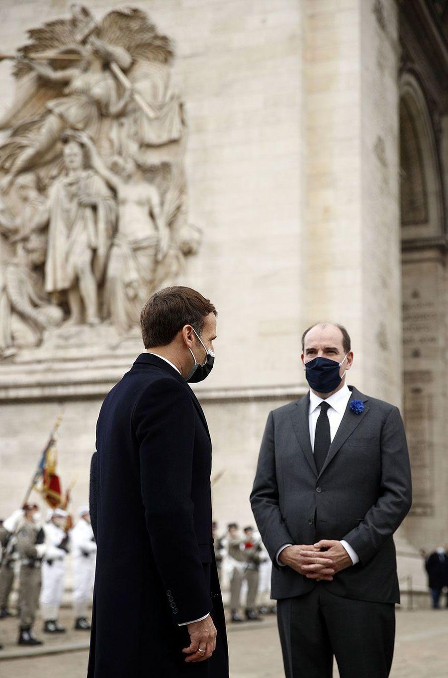 Emmanuel Macron et son Premier ministre Jean Castex lors de la cérémonie à l'Arc de Triomphe.