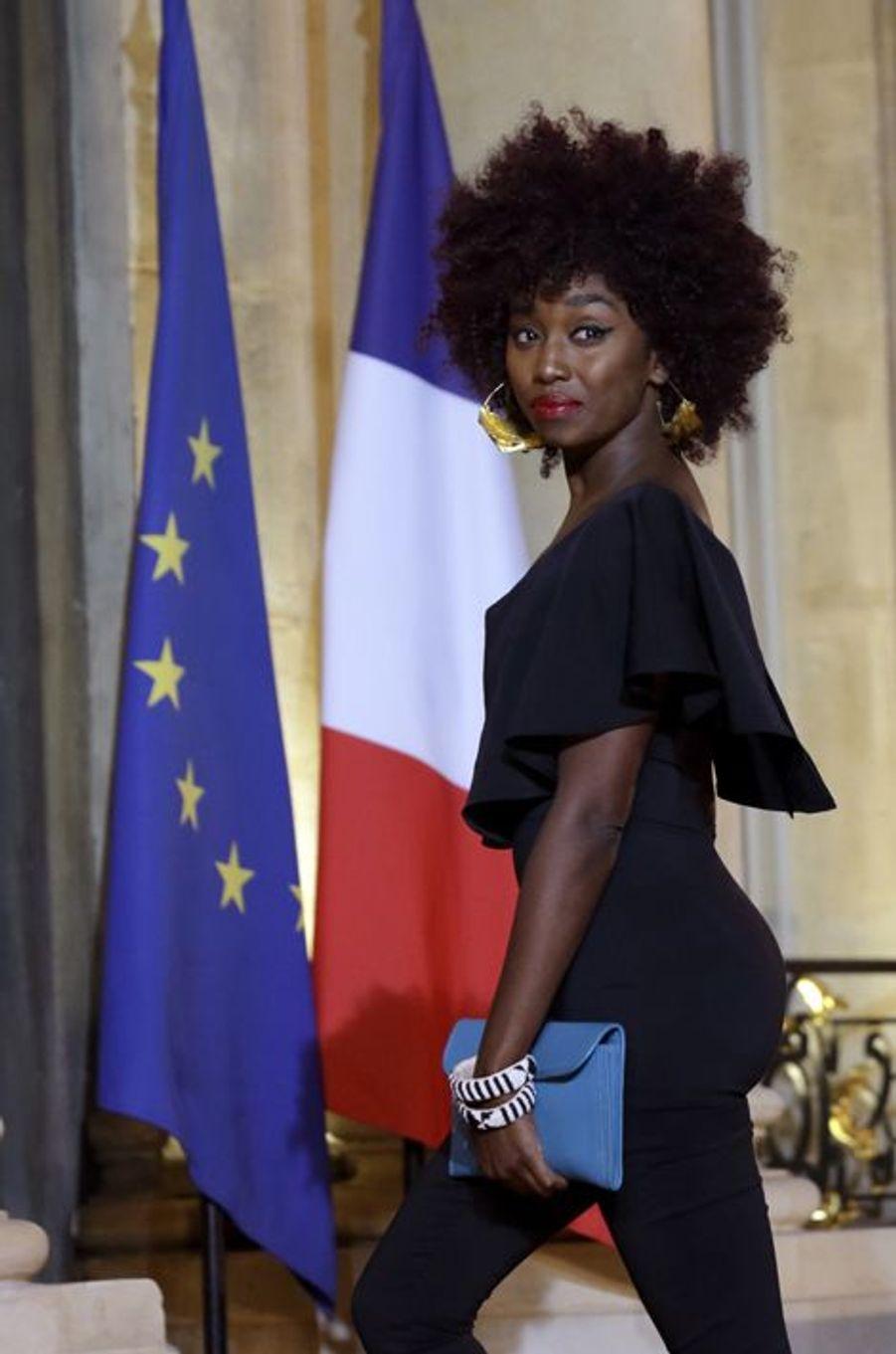 Inna Modja au dîner d'Etat donné en l'honneur du président malien à l'Elysée
