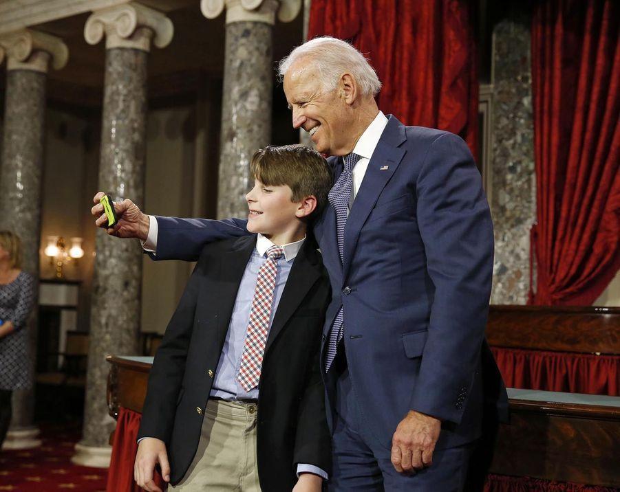 Joe Biden photgraphié par le fils de la sénatrice Jeanne Shaheen le 6 janvier à Washington