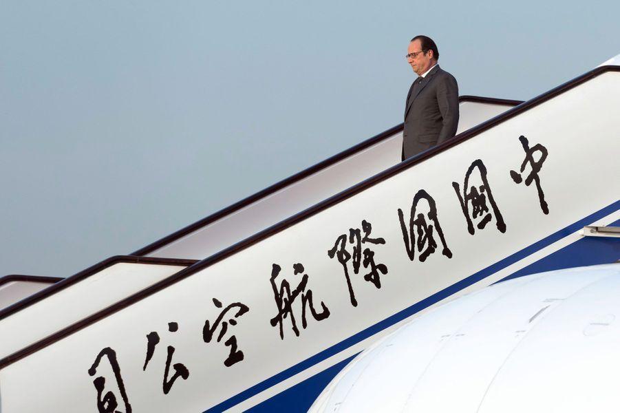 François Hollande à son arrivée à Pékin