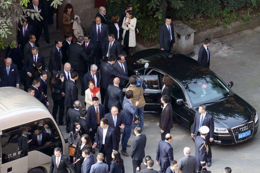 François Hollande en visite à Chongqing, lundi matin