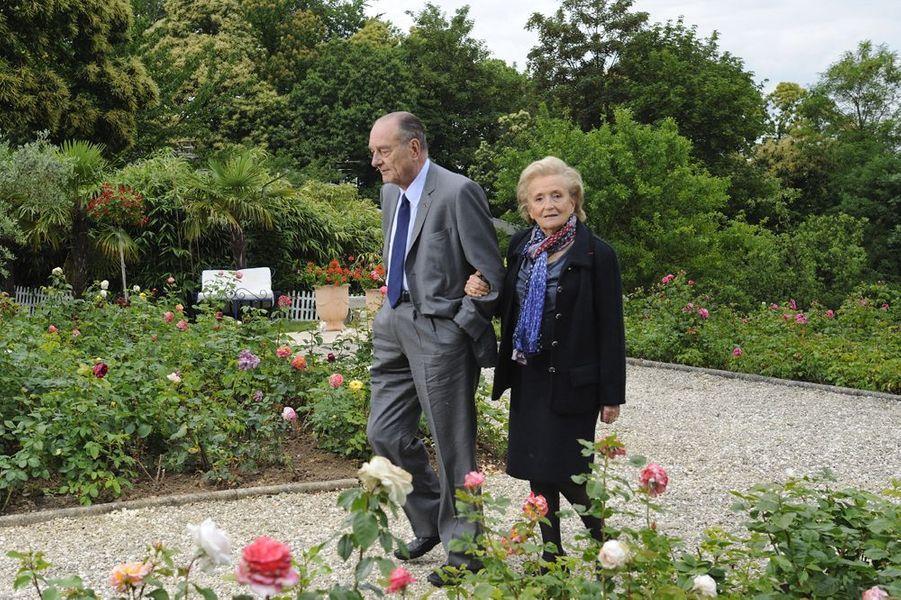 Jacques Chirac chez son amie Line Renaud avec son épouse Bernadette, juin 2011