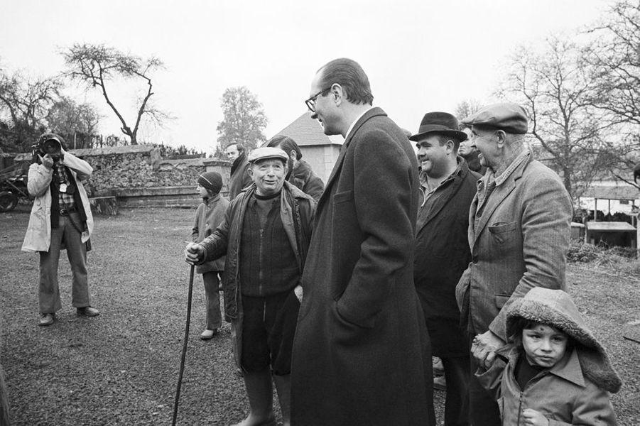 Jacques Chirac en pleine campagne électorale, novembre 1976