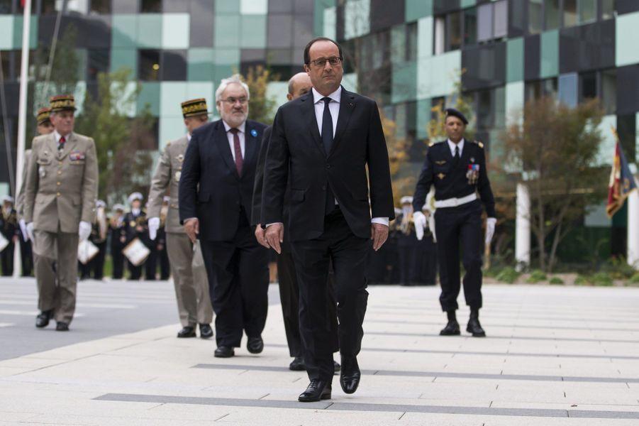 Le Président inaugure le grand QG des armées