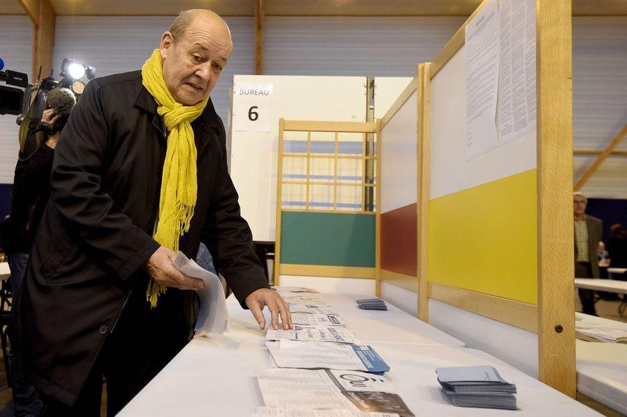 Jean-Yves Le Drian à Guidel