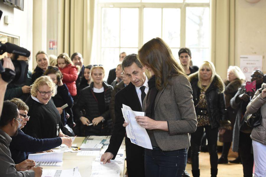 Nicolas Sarkozy et Carla Bruni-Sarkozy à Paris