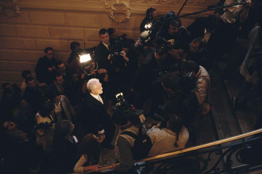 21 avril 2002 : Arrivée au QG de campagne. Lionel Jospin ignore alors qu'il a été battu