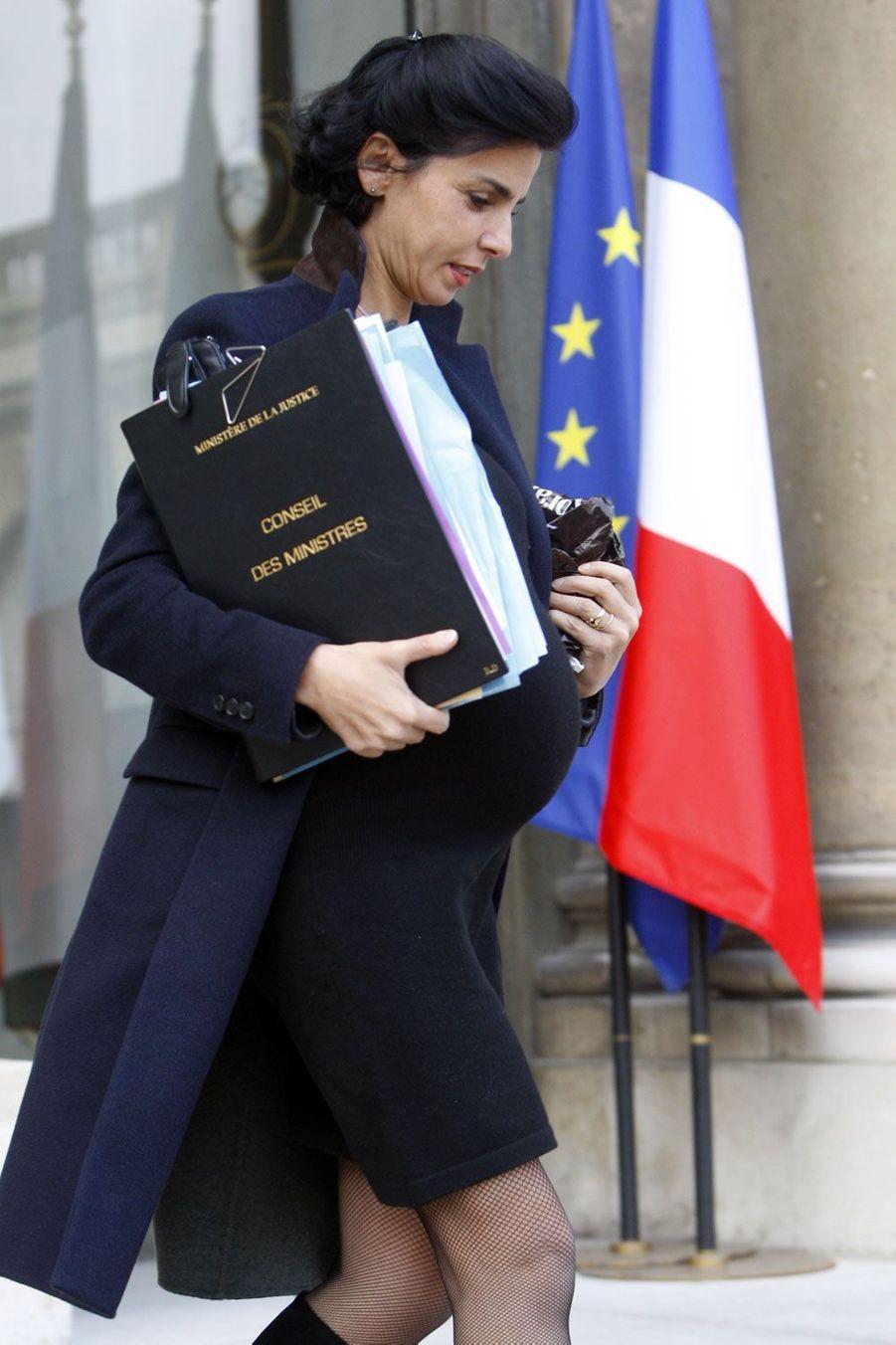 Décembre 2008 : Rachida Dati à la sortie du conseil des ministres