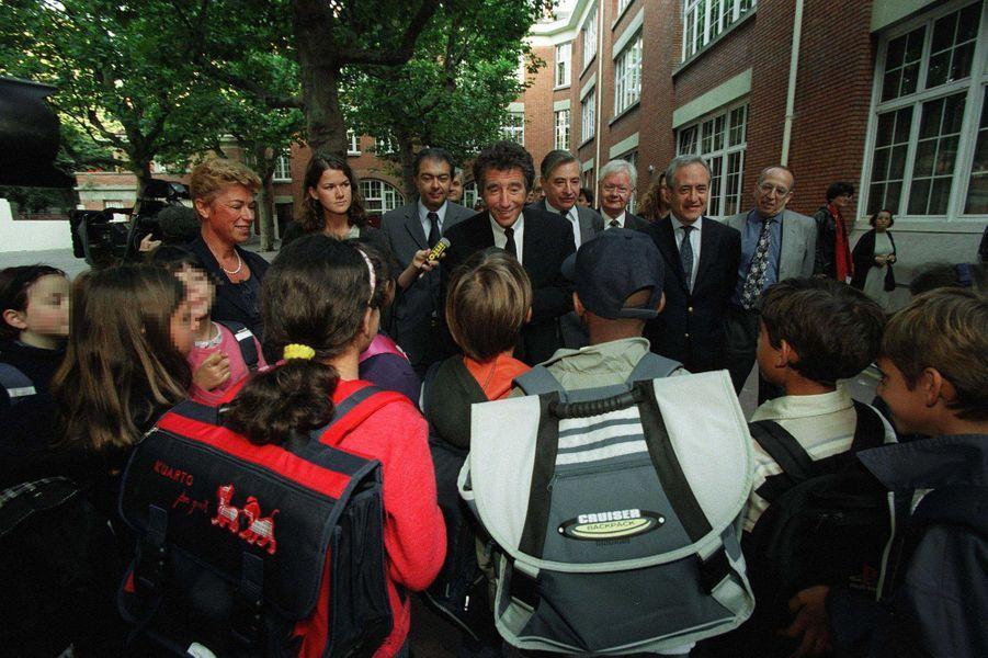 Jack Lang et le maire de Paris, Jean Tiberi, en 2000