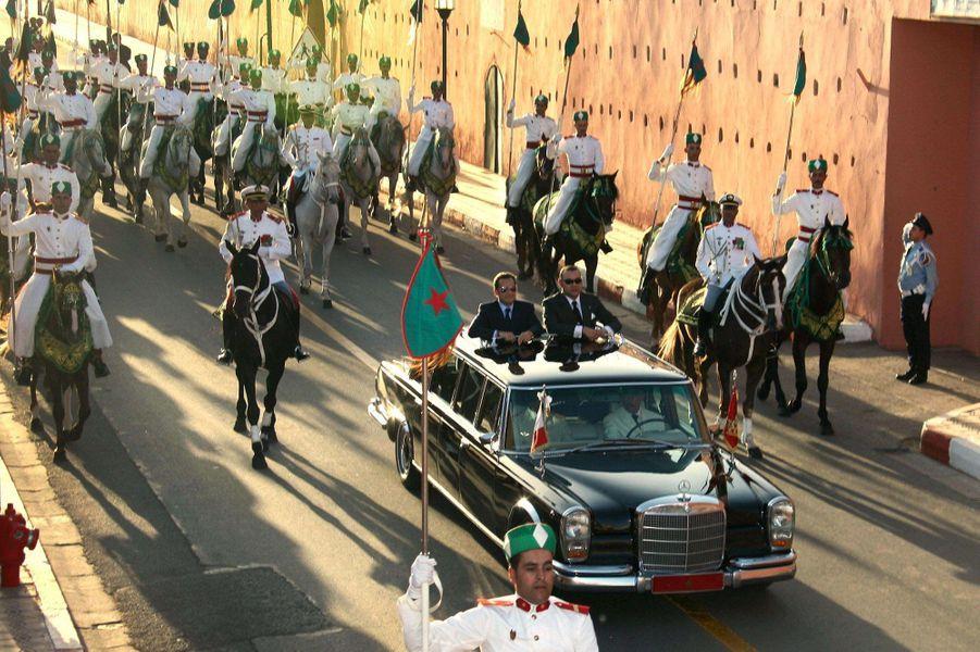 Nicolas Sarkozy et Mohammed VI à bord de la limousine royale, en 2007