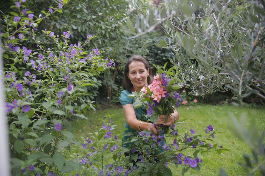 Septembre 2007 : dans son jardin, à Boulogne-Billancourt
