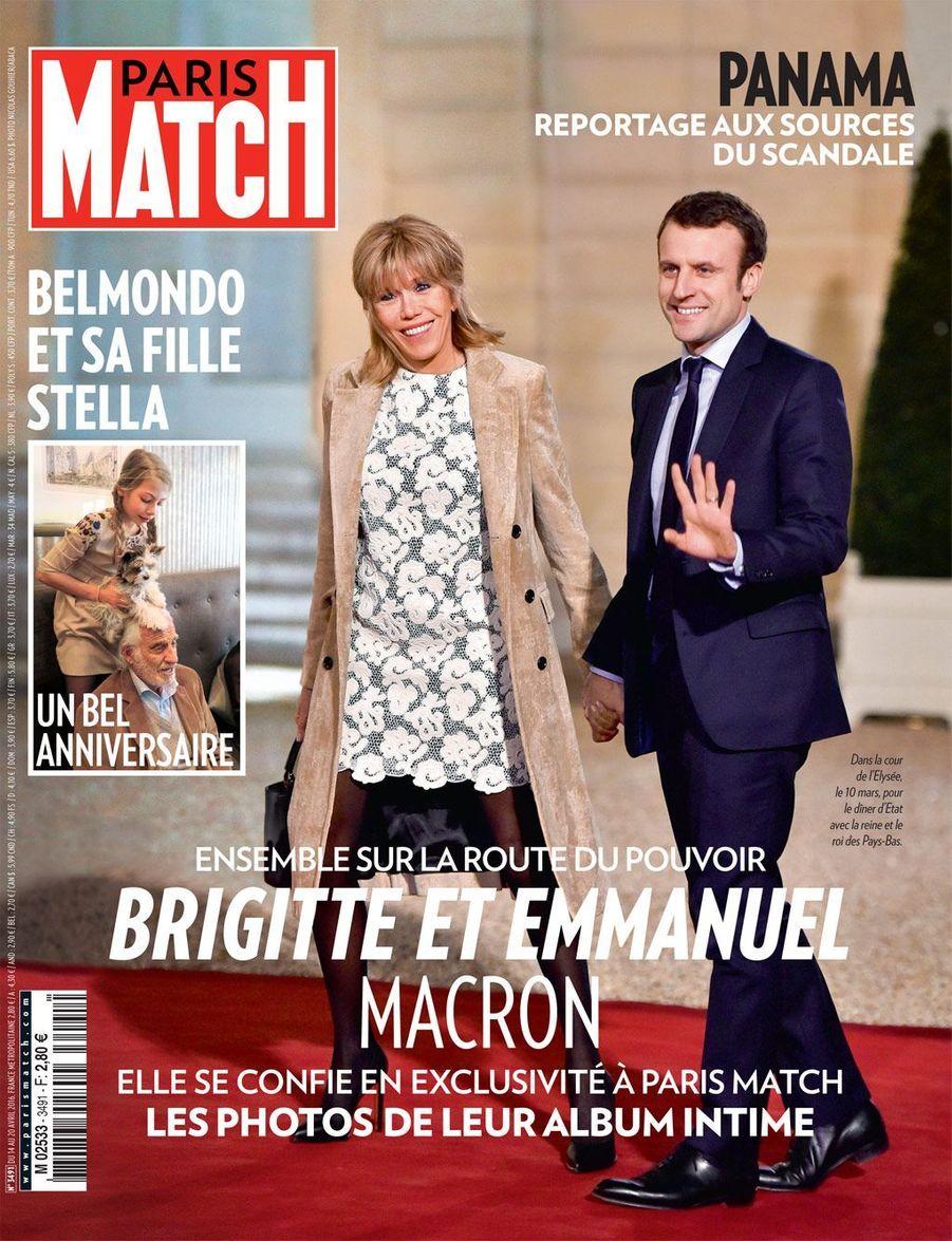 Brigitte Macron se confie à Paris Match. L'épouse du ministre sera désormais de plus en plus fréquemment à ses côtés. Une semaine auparavant, Emmanuel Macron avait lancé son mouvement, En Marche!