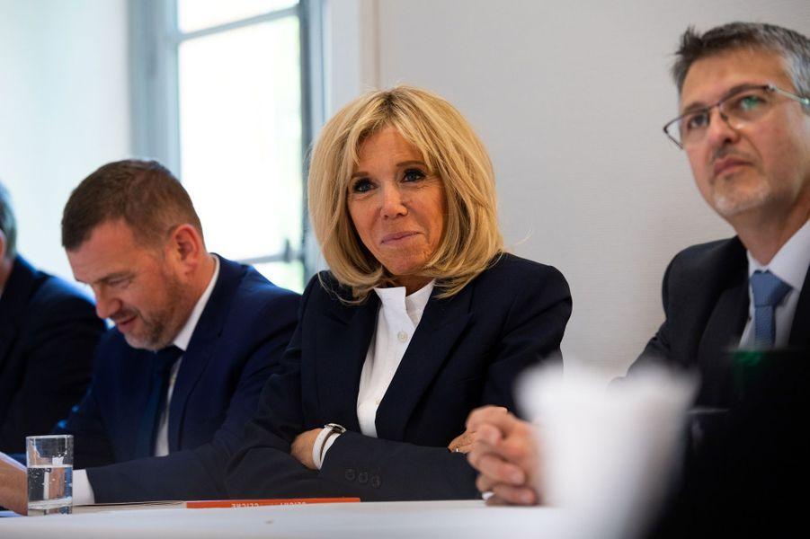 Brigitte Macron s'est rendue lundi à Clichy-sous-Bois pour présenterl'Institut des vocations,une école pourjeunes adultes sans formation et sans emploi.
