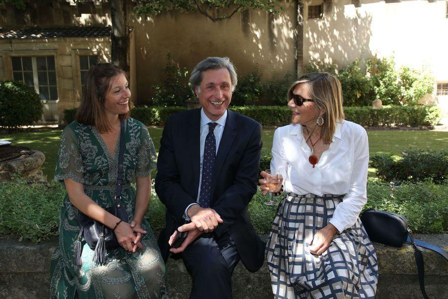 Patrick De Carolis, Joséphine et Carol-Anne le 5 juillet 2020.