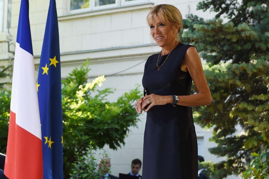 Brigitte Macron à la Résidence de France à Bucarest.