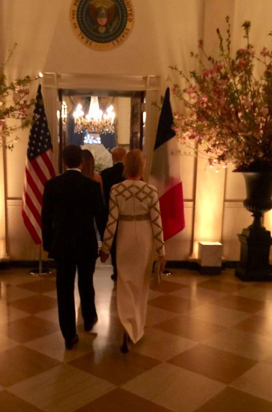 Emmanuel et Brigitte Macron mardi soir à la Maison-Blanche.