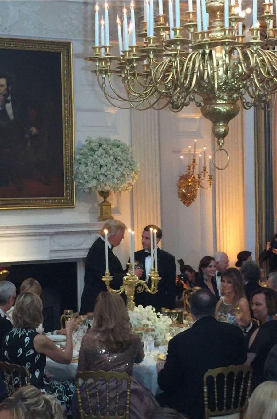 Toasts des présidents Trump et Macron.