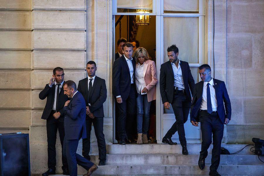 Arrivée de Brigitte et Emmanuel Macron.