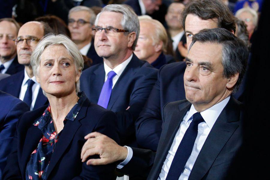 François Fillon et son épouse Penelope au meeting de La Villette.