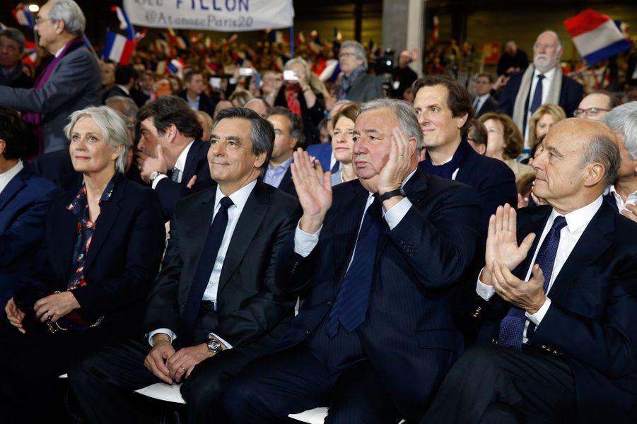 Le couple Fillon, Gerard Larcher et Alain Juppé au meeting de La Villette.