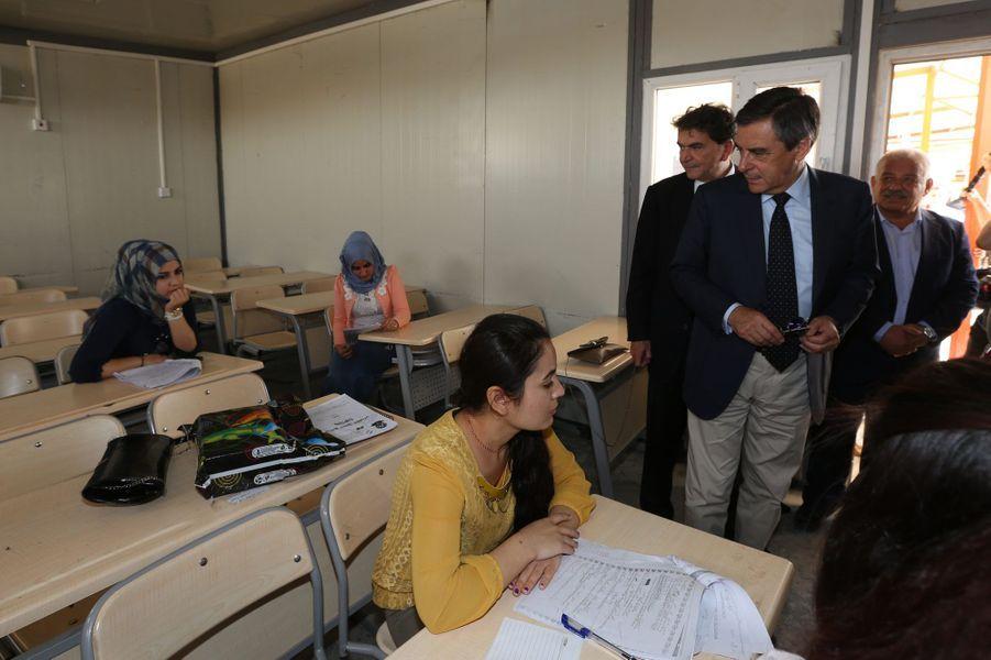 Dimanche 5 juin, visite de l'école Sainte-Irénée, construite dans le quartier chrétien d'Erbil, qui accueille 500 élèves, du primaire au lycée.