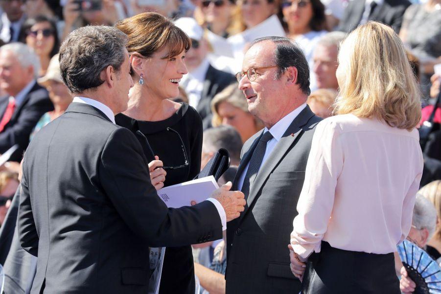 François Hollande, Julie Gayet, Nicolas Sarkozy Et Carla Bruni À La Cérémonie De L'entrée Au Panthéon De Simone Veil ( 3