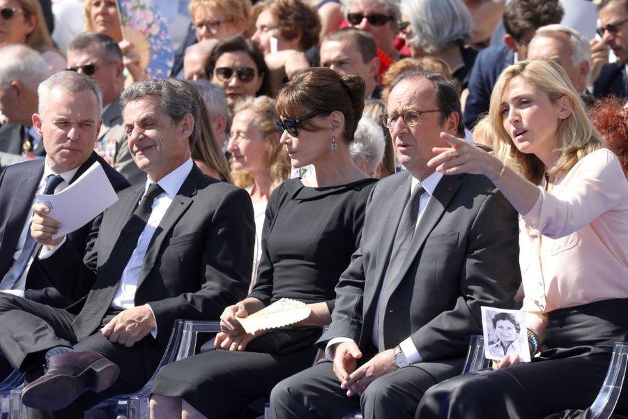 François Hollande, Julie Gayet, Nicolas Sarkozy Et Carla Bruni À La Cérémonie De L'entrée Au Panthéon De Simone Veil ( 4