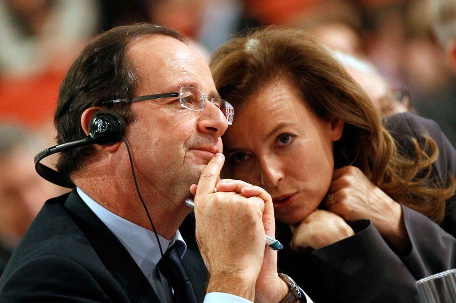Francois Hollande et Valérie Trierweiler à Berlin, en décembre 2011.