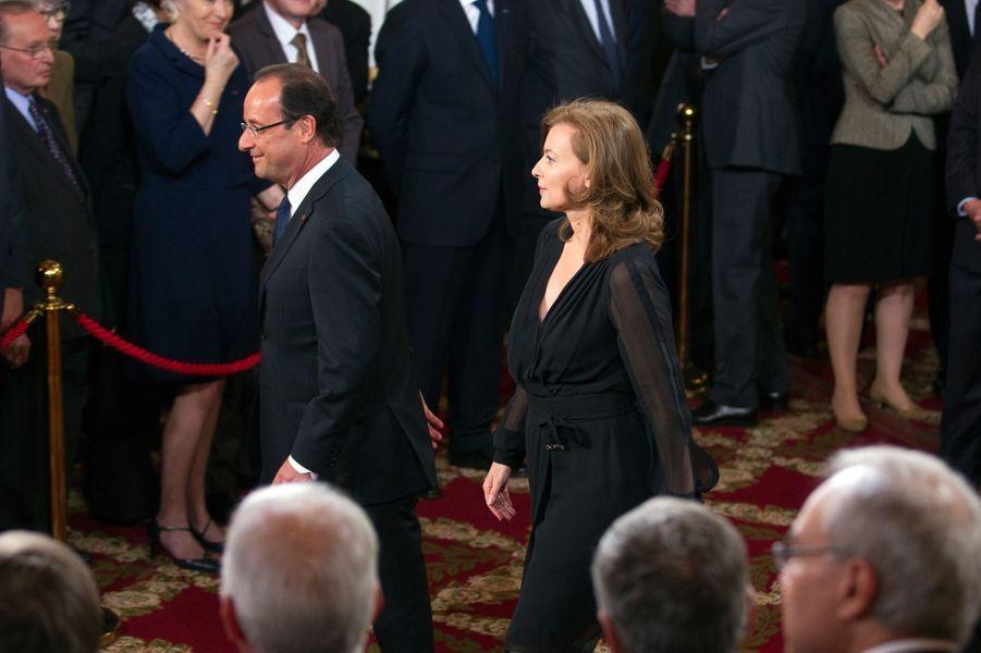 Francois Hollande et Valérie Trierweiler à l'Elysée, le 15 mai 2012, jour de la passation de pouvoirs.