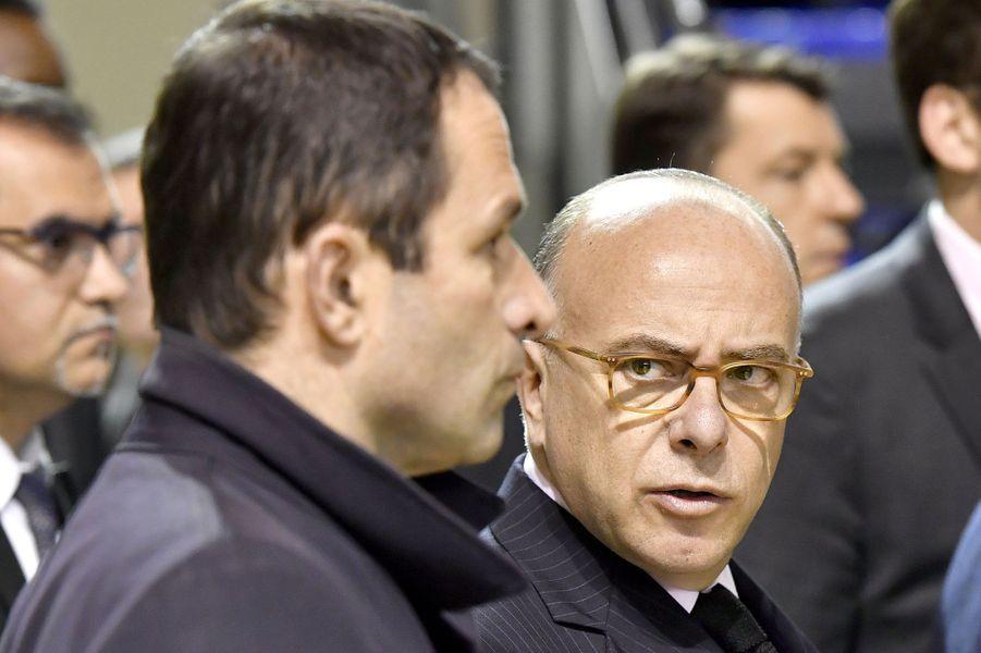Bernard Cazeneuve et Benoît Hamon, samedi à Mont-de-Marsan.