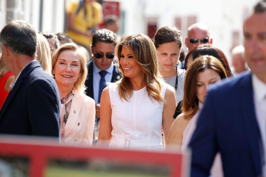 Melania Trump dans les rues d'Espelette, dimanche matin.