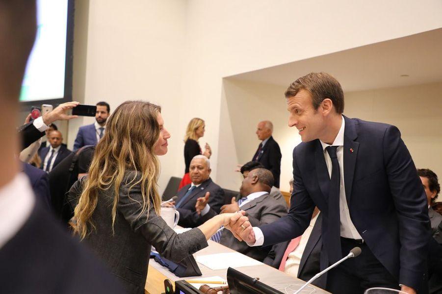 Gisele Bündchen et Emmanuel Macronmardi au siège des Nations Unies à New York.
