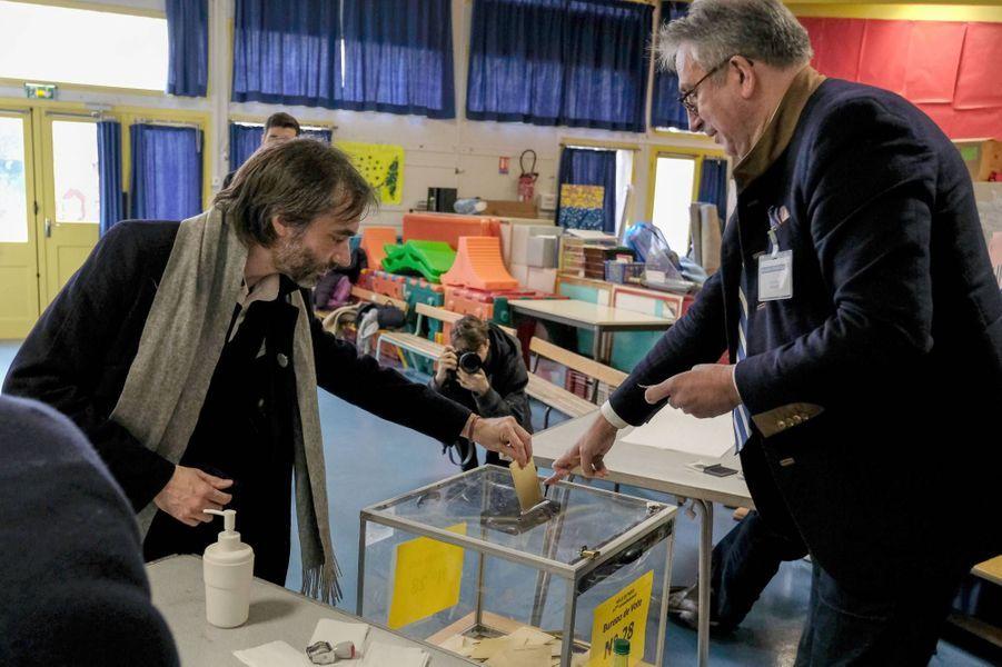 Cédric Villani a voté à Paris pour le premier tour des élections municipales, le 15 mars 2020.