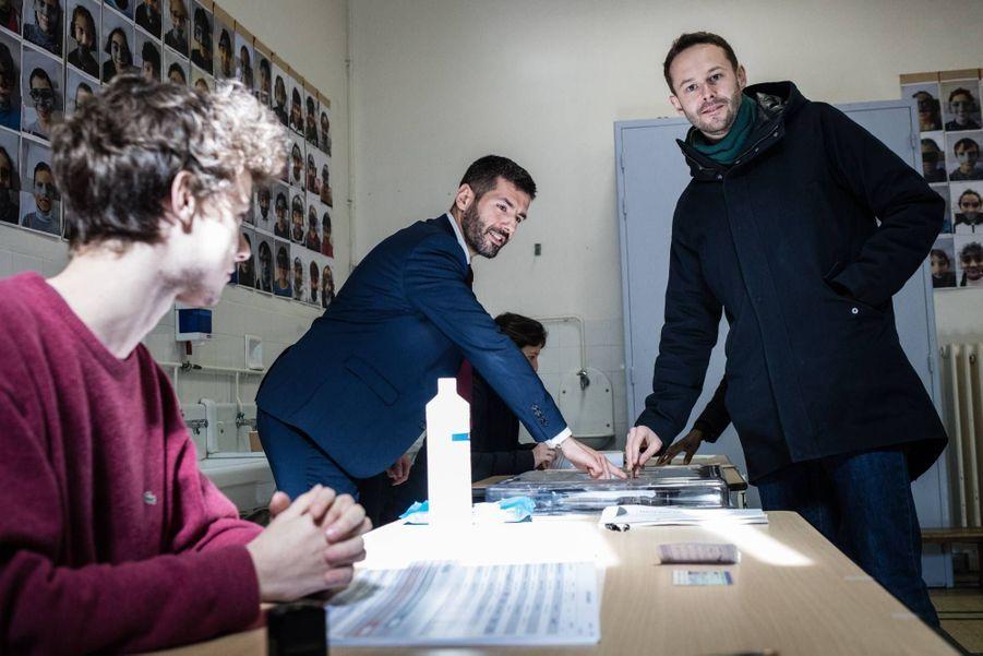 David Belliard a voté à Paris pour le premier tour des élections municipales, le 15 mars 2020.