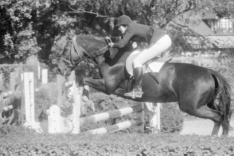 Jacinte Giscard d'Estaing à un concours équestre en 1978.