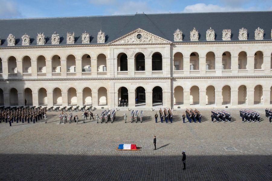 Les honneurs militaires rendus à Jacques Chirac, lundi 30 septembre aux Invalides.
