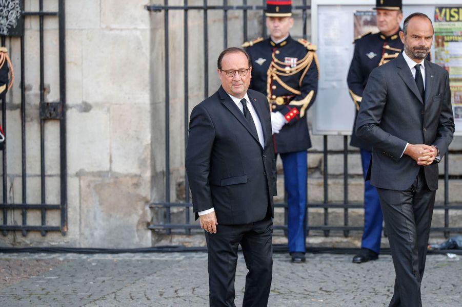 Arrivée de François Hollande.