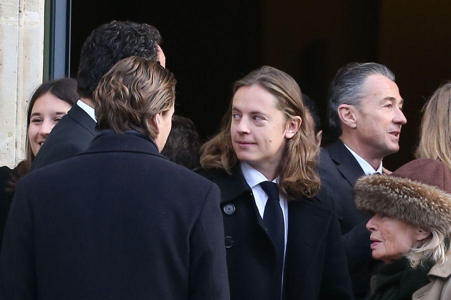 Pierre Sarkozy et son frère Jean (de dos).