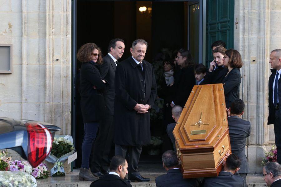 Les obsèques d'Andrée Sarkozy, lundi matin à Neuilly-Sur-Seine.