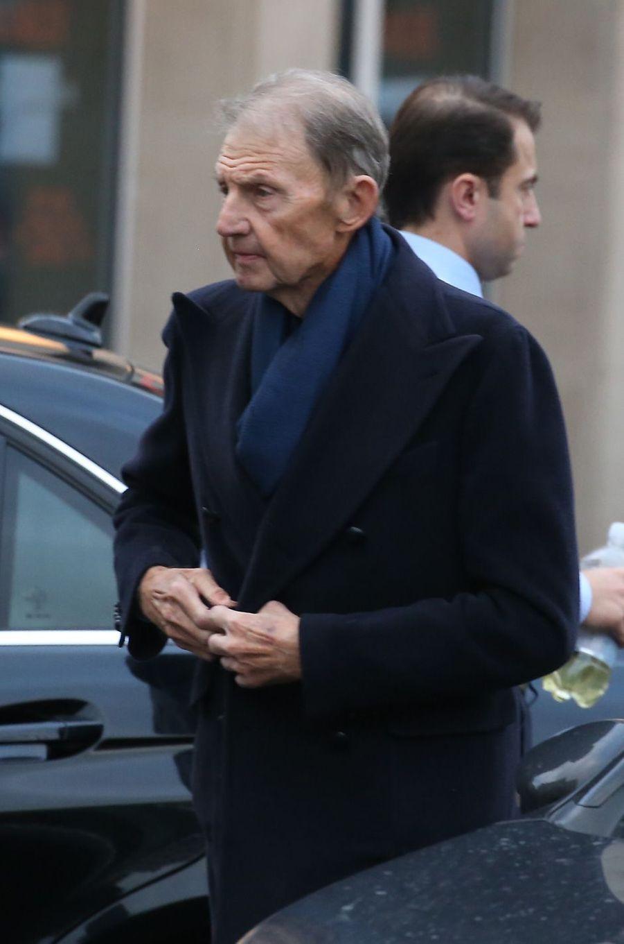 Etienne Mougeotte aux obsèques d'Andrée Sarkozy.