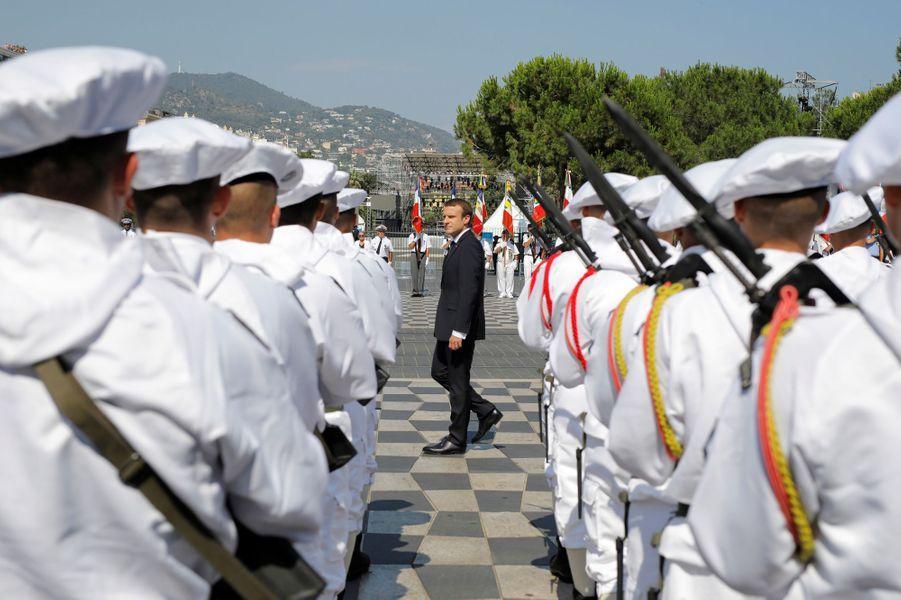 Emmanuel Macron à Nice pour rendre hommage aux victimes de l'attentat meurtrier du 14 juillet.