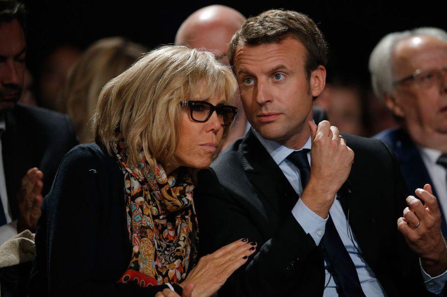 Les Macron lors d'un meeting d'en Marche! au Mans, en octobre 2016.
