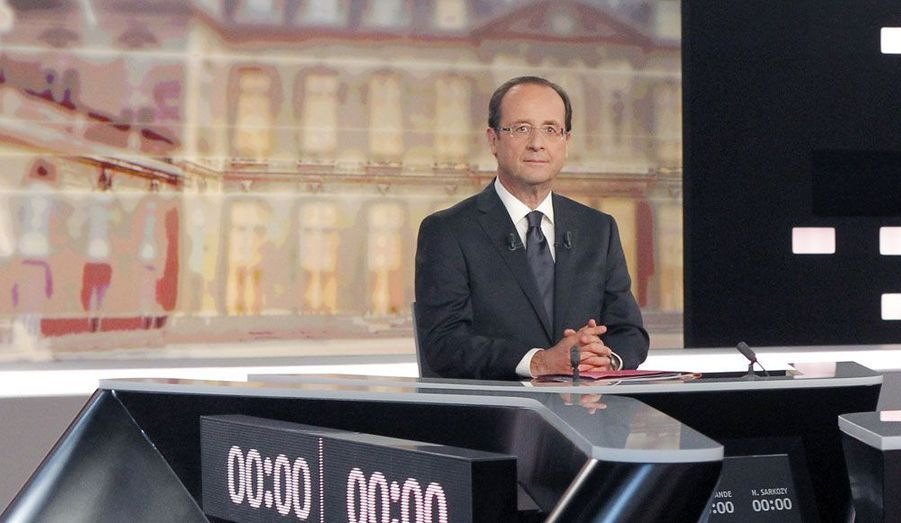Dernier débat télévisé face à Nicolas Sarkozy.