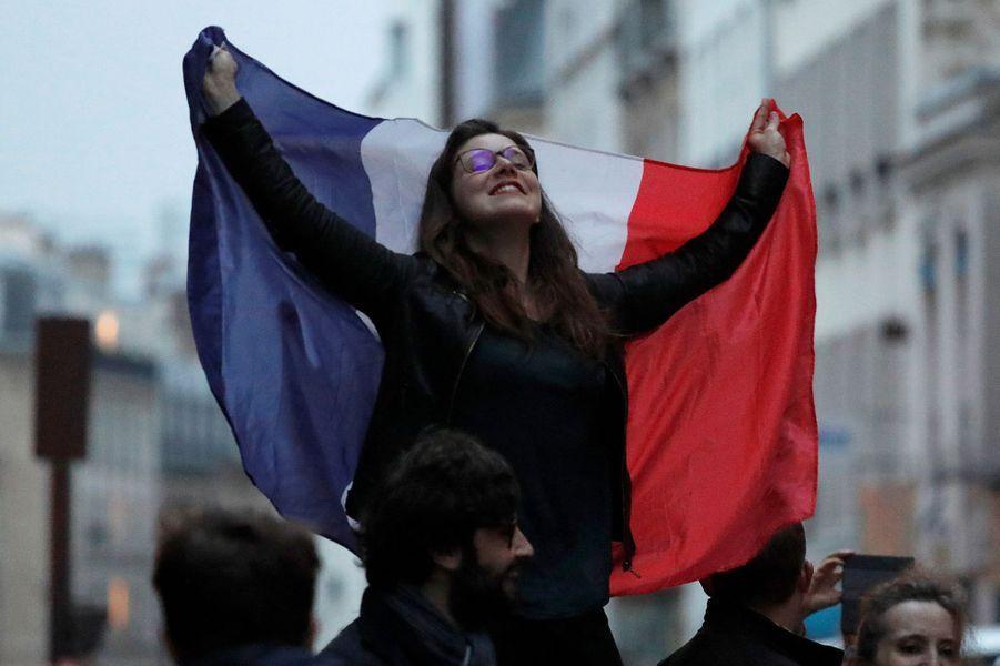 Un supportrice du candidat d'En marche! à Paris.