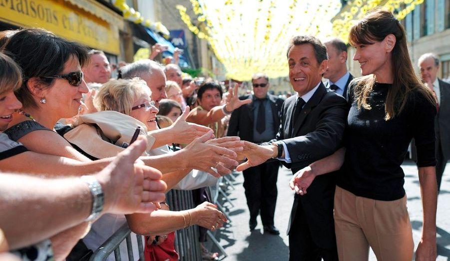 Le couple présidentiel est ensuite venu à la rencontre des habitants de Montignac.